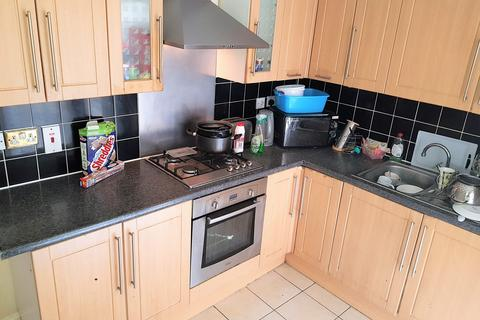 1 bedroom flat share to rent - Coniston Road, London, N17
