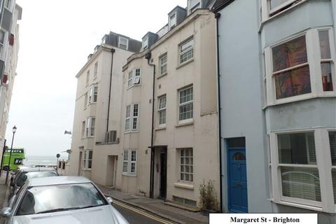 Studio to rent - Margaret St, Kemp Town, Brighton
