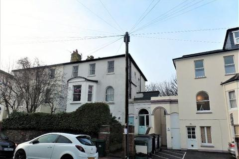 2 bedroom flat to rent - Richmond Road, Brighton.