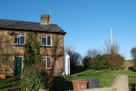 3 bedroom cottage to rent - Roxwell