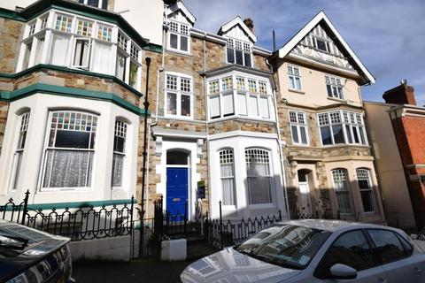 1 bedroom flat to rent - Queen Annes, High Street, Bideford, EX39 2AS