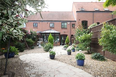 3 bedroom townhouse for sale - Brewers Wharf, Newark, Nottinghamshire.