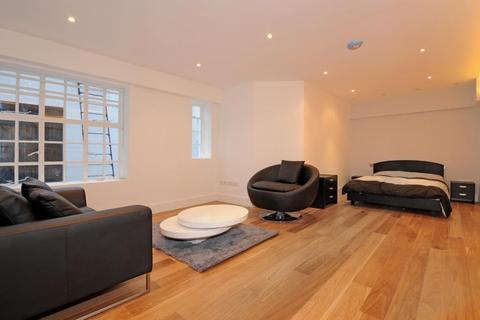 Studio to rent - Porchester Gardens, Bayswater, W2
