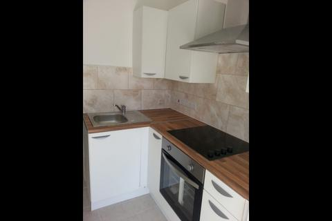 Studio to rent - Kingshill Avenue, UB5