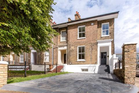 5 bedroom house for sale - Andrews Road, London, E8