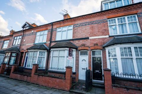 4 bedroom terraced house to rent - 4 Bed Student House, Kimberley Road