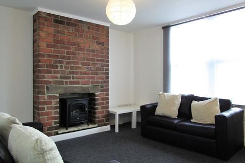 1 bedroom flat to rent - Tong Road, Armley, Leeds, LS12