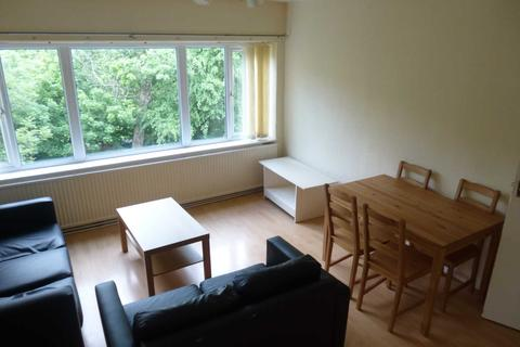 1 bedroom apartment to rent - Falkland House, 16a Wilbraham Road