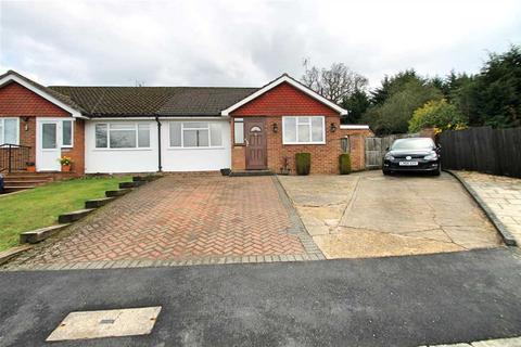 3 bedroom semi-detached bungalow for sale - Clarence Close, Bushey Heath, WD23.