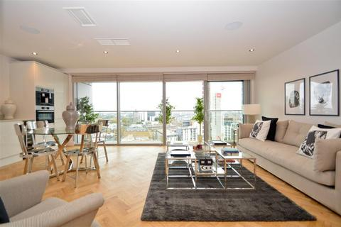 2 bedroom penthouse to rent - Commercial Road, London, E1