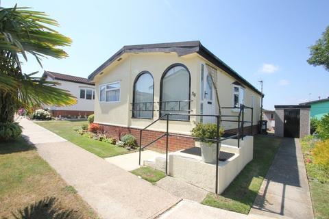 2 bedroom mobile home for sale - Horseshoe Lawns, Tower Park, Hullbridge