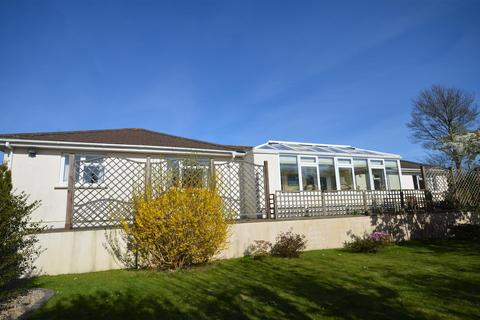 3 bedroom detached bungalow for sale - South Albany Road, Redruth