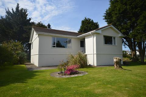 2 bedroom detached bungalow for sale - Bunts Lane, St. Day, Redruth