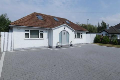 4 bedroom detached bungalow for sale - Cheadle Road, Cheadle, Cheshire