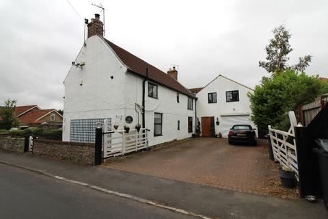 5 bedroom detached house to rent - Low Coniscliffe