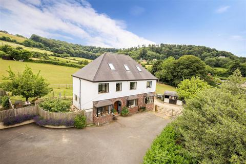 5 bedroom country house for sale - Middleyard, King's Stanley