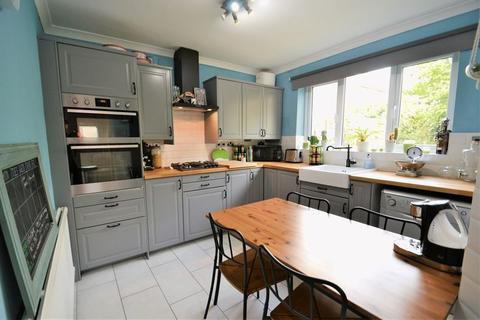 2 bedroom semi-detached house for sale - Linksway, Swinton, Manchester