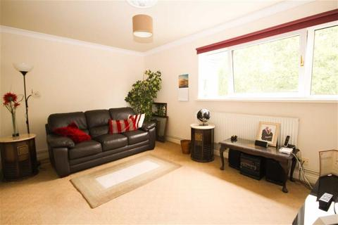 2 bedroom flat for sale - Tyn-Y-Parc Road, Whitchurch, Cardiff