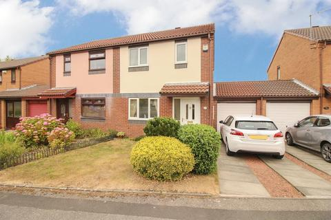 3 bedroom semi-detached house for sale - Peldon Close, Newcastle Upon Tyne