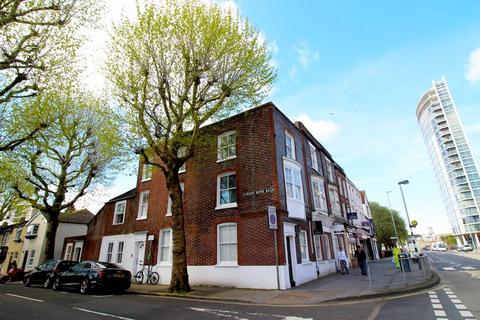 7 bedroom end of terrace house to rent - Queen Street, Portsmouth