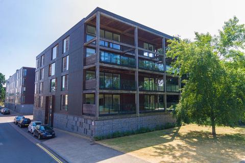 2 bedroom apartment to rent - Kingfisher Way, Cambridge