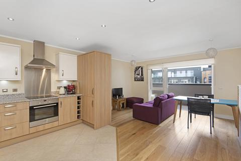 1 bedroom flat to rent - Cubitt Apartments, SW11