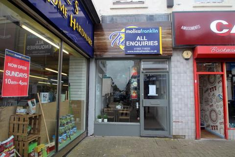 House to rent - High Street, Littlehampton