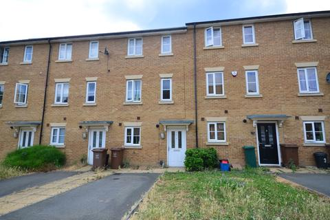 4 bedroom terraced house to rent - Sarafand Grove Rochester ME2