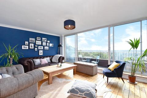 2 bedroom penthouse for sale - Overhill Road, East Dulwich