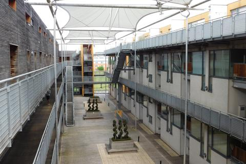 2 bedroom flat for sale - Life Building, 13, Hulme High Street, Manchester M15