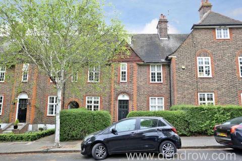 Flat to rent - Winscombe Crescent, London, W5