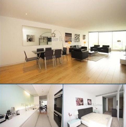 3 bedroom flat to rent - Hester Road, Albion Riverside, London SW11
