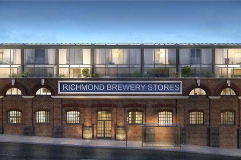 3 bedroom penthouse for sale - Richmond Brewery Stores, Petersham Road, Richmond, Surrey, TW10