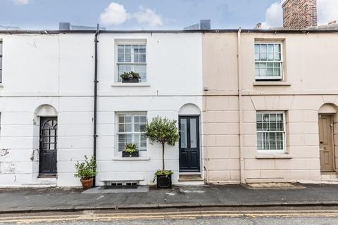 2 bedroom terraced house for sale - Foundry Street, Brighton, East Sussex, BN1