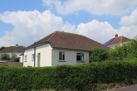 2 bedroom bungalow for sale - Central Avenue, Exeter