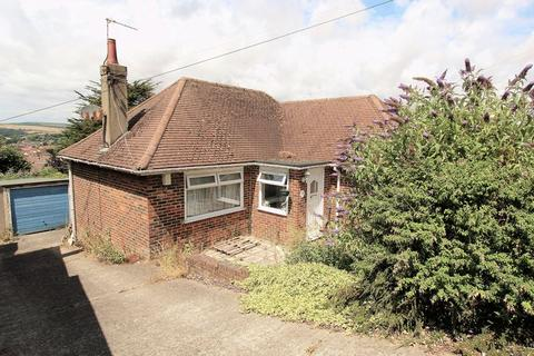 2 bedroom detached bungalow for sale - Highfield Crescent, Brighton