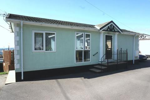 2 bedroom detached bungalow for sale - Tamar Park, Gunnislake