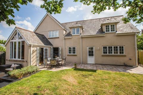 5 bedroom detached house for sale - Elmstead House, Kennerleigh