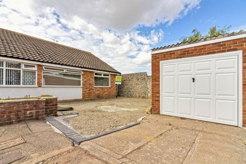 Ambleside Road Lancing 2 Bed Bungalow For Sale 290000