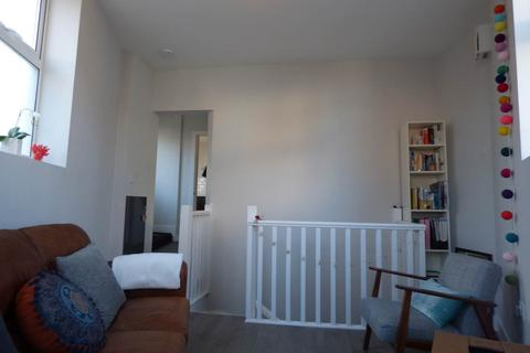 1 bedroom flat to rent - Bentham Road, Brighton,