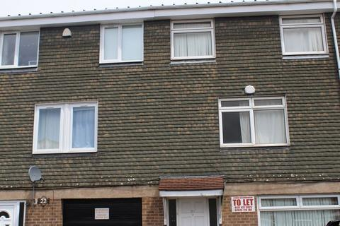 6 bedroom terraced house to rent - Leeson Walk, Birmingham