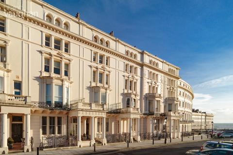 4 bedroom flat for sale - Palmeira Square, Hove, BN3