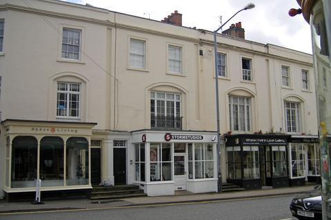 Studio to rent - Regent Street, Leamington Spa