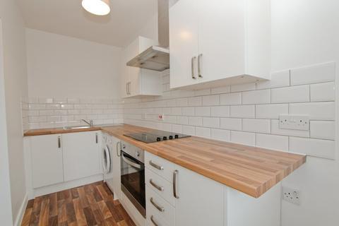 1 bedroom flat to rent - Charles Street, Petersfield