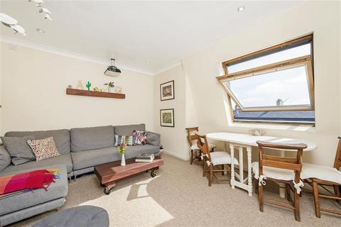 2 bedroom apartment for sale - Teesdale Close, Bethnal Green, E2