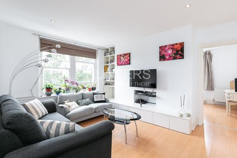 2 bedroom flat for sale - Hemstal Road, London, NW6