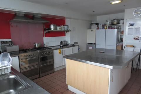 8 bedroom house share to rent - Liddle Court, Arthurs Hill, Newcastle Upon Tyne, NE4 6PD