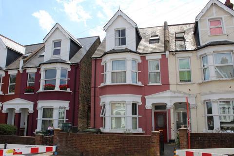 2 bedroom flat for sale - Holmesdale Road, South Norwood, SE25