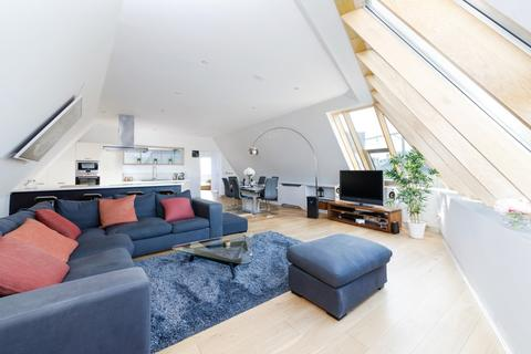 2 bedroom penthouse for sale - Perren Street, Kentish Town, NW5