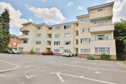1 bedroom flat for sale - Archers Road, Southampton